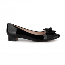 """""""HANNELORE"""" PATENT WITH GROSGRAIN BOW POINTY TOE FLAT"""