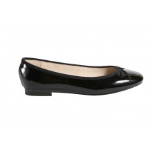SOFT PATENT LEATHER BALLERINAS