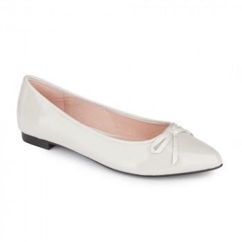 PATENT LEATHER POINT TOE FLAT
